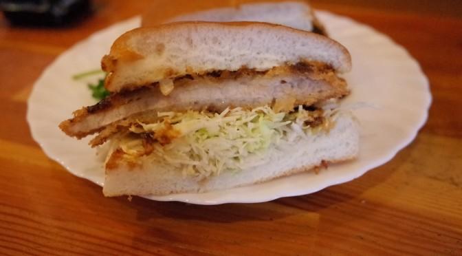 コメダ珈琲店 ビッグサイズのサンドイッチを食す